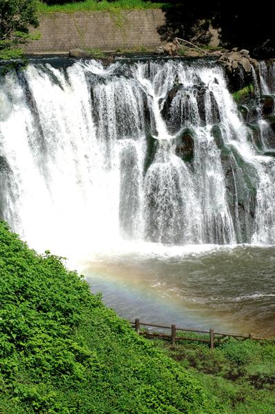 那須烏山市 龍門の滝・夏